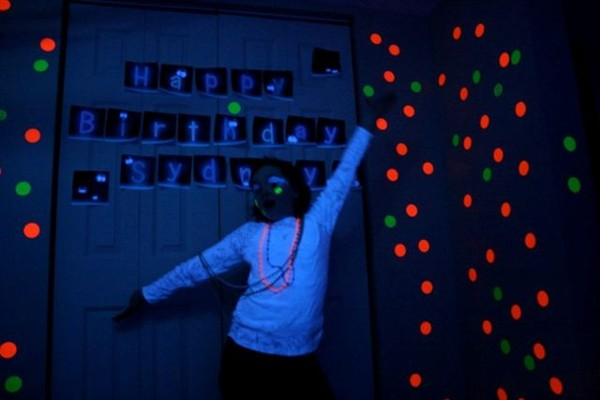Sydney's Glow in the Dark Party