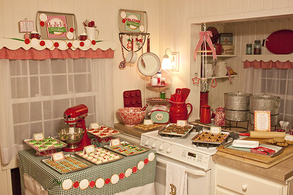 Mrs Claus Kitchen Decorated Cake
