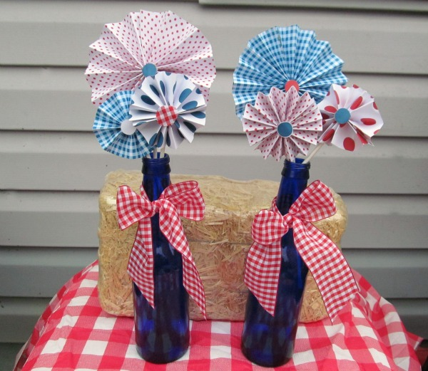 {tipster tuesday} 4th of july bottle display