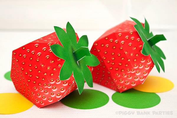 Piggy Bank Parties Strawberry Favor Box3