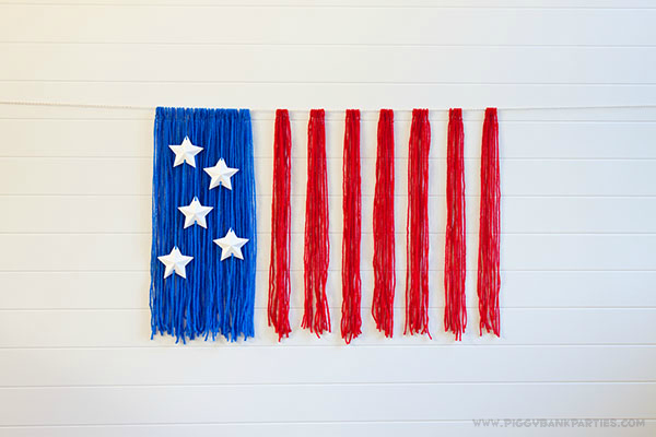 Piggy Bank Parties American Flag Yarn Backdrop 1