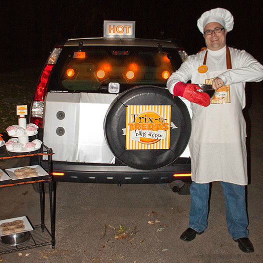 Trunk or Treat: Trix-n-Treat's Bake Shoppe by Piggy Bank Parties | Halloween Trunk or Treat | Sweet idea for an interactive trick-or-treating experience!