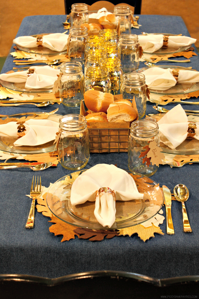 Simple Tips for Hosting a Stress-Free Holiday Dinner by Piggy Bank Parties | Thanksgiving Dinner | Christmas Dinner | Easy Entertaining Tips | Dinner Party Tips | Potluck Dinner Tips | Hostess Tips