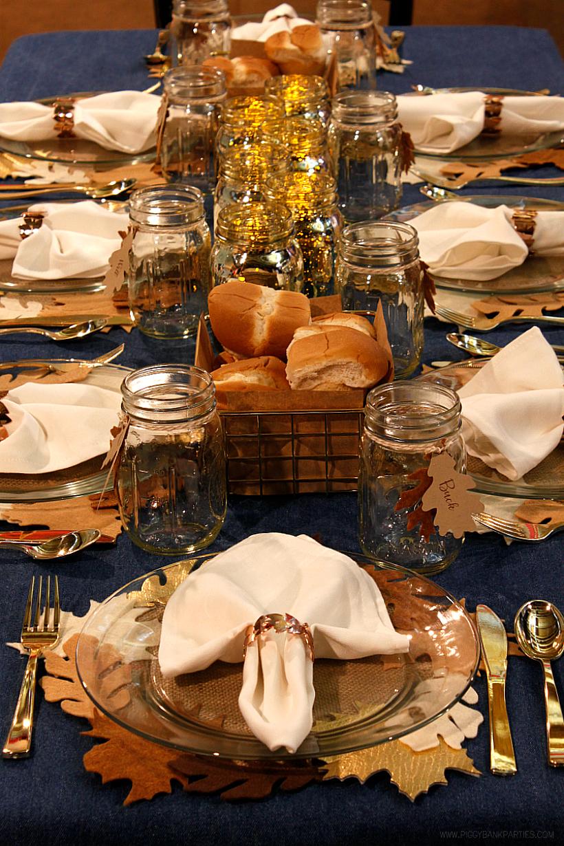 Simple Tips for Hosting a Stress-Free Holiday Dinner by Piggy Bank Parties | Thanksgiving Dinner | Christmas Dinner | Easy Entertaining Tips | Dinner Party Tips | Potluck Dinner Tips | Hostess Tips