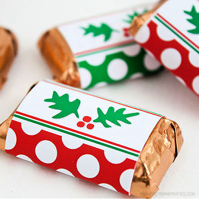 Holly-n-Dots Mini Candy Bar Wrappers by Piggy Bank Parties