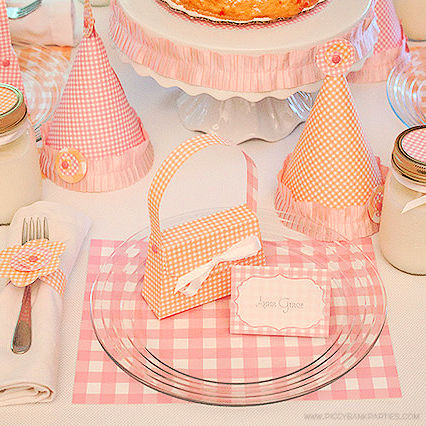 CLASSIC GINGHAM BIRTHDAY PARTY - CELEBRATIONS AT HOME