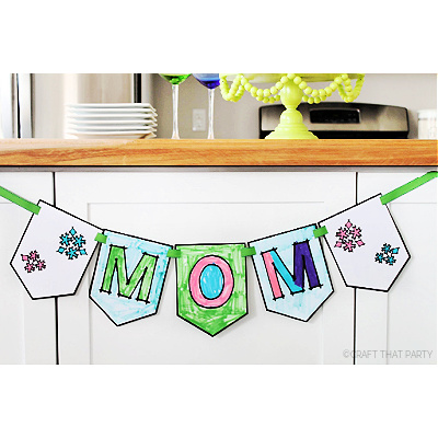 COLOR-YOUR-OWN MOM BANNER