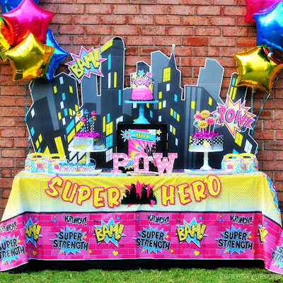 GIRLY SUPERHERO PARTY