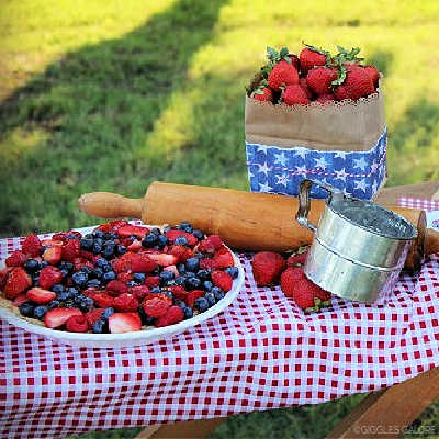 RED WHITE + PIE: A 4th of JULY PARTY
