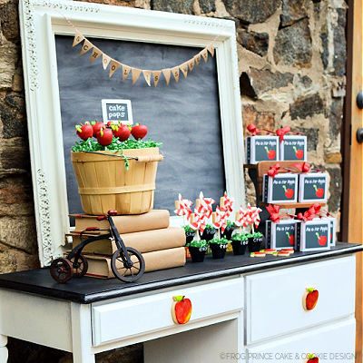 SCHOOL IS SWEET APPLE POPS - BIRD'S PARTY MAGAZINE